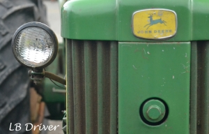 john deer tractor close up - sig